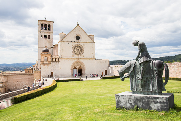 Umbrien - Kirchen in Assisi