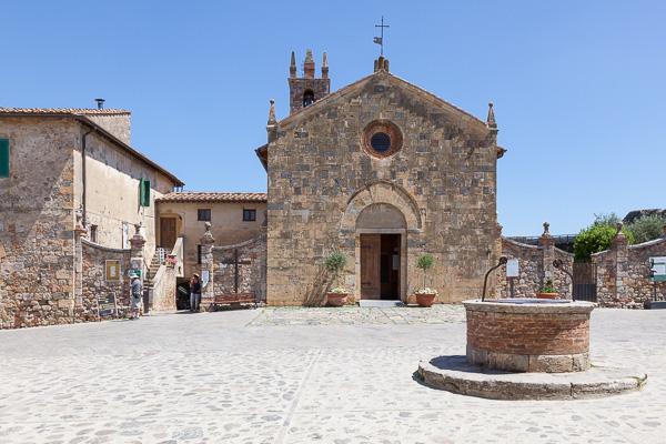 Toskana - Monteriggioni - Santa Maria Assunta