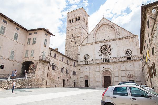 Umbrien - Assisi - Cattedrale di San Rufino