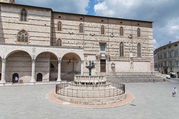 Umbrien - Perugia - Piazza IV Novembre